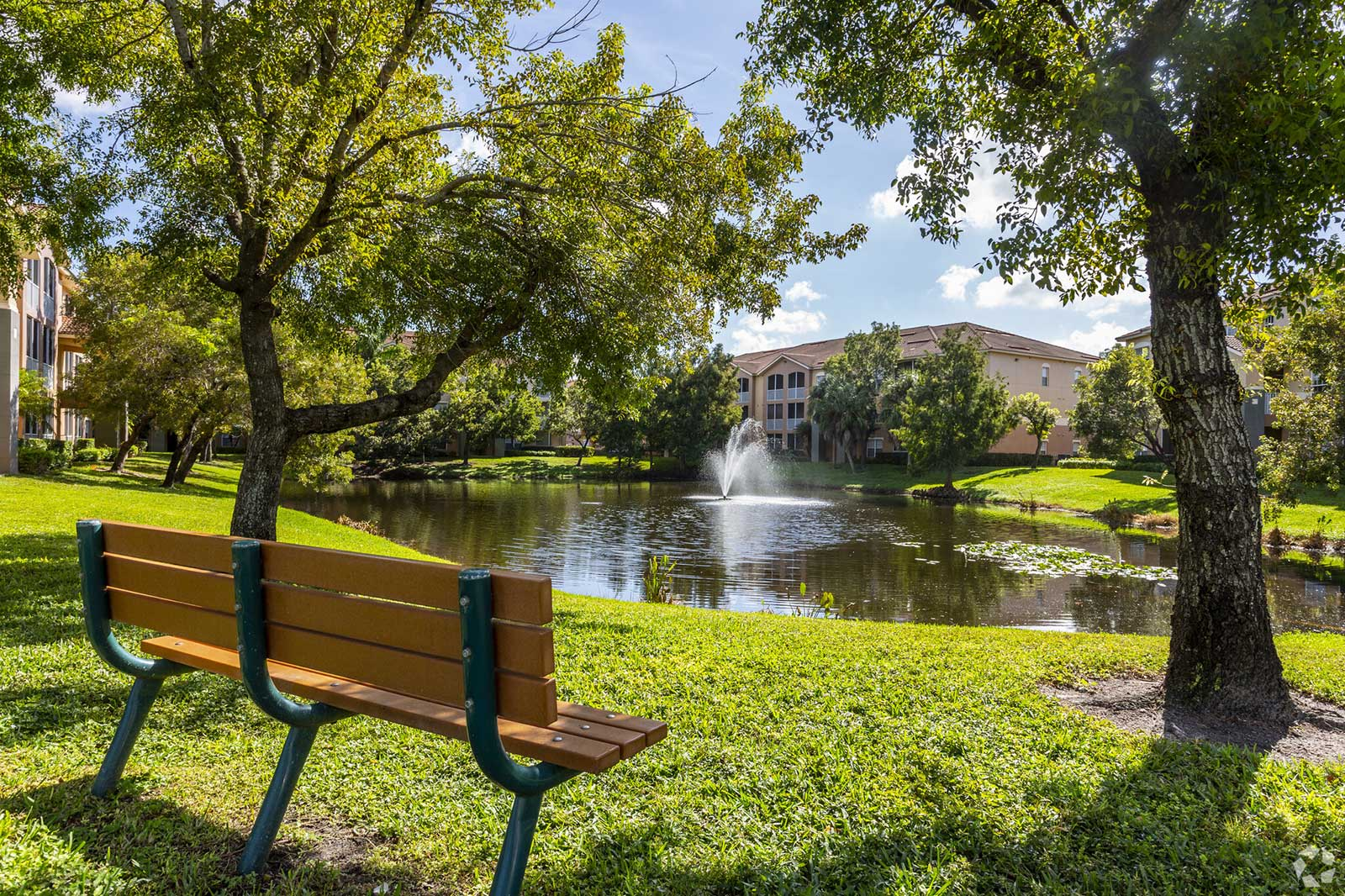 The Lakes At College Pointe Photo Gallery